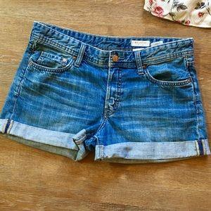 &- H&M brand boyfriend loose waist/leg shorts